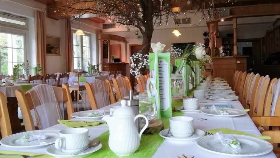 Kaffeetafel Hochzeit